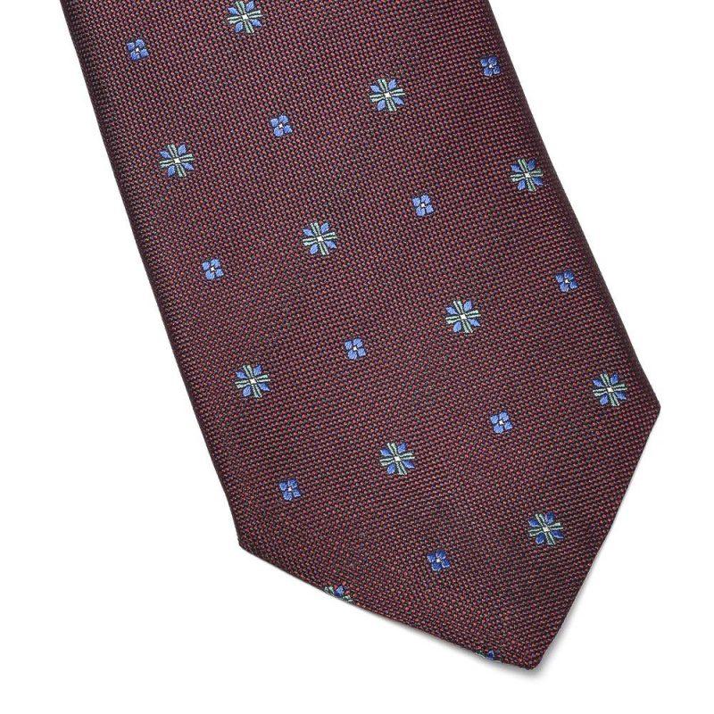 bordowy krawat w błękitne kwiaty